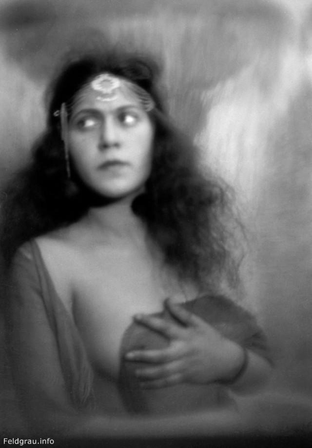 Эротические фотографии 1920 - 1930 годов