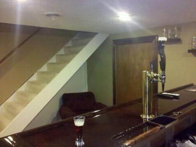 Личный бар в собственном подвале