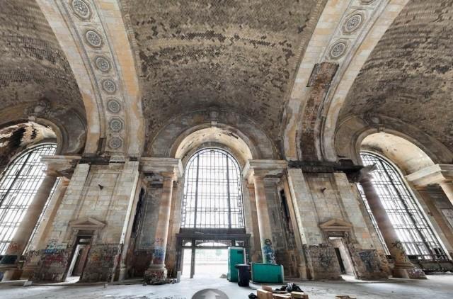 Ж/Д вокзал Мичигана - великолепие и разруха