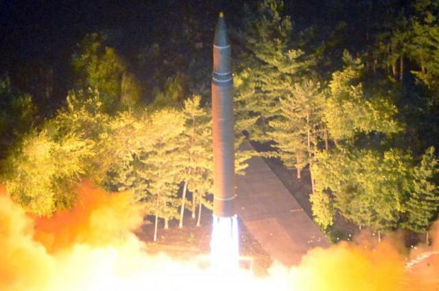 Что всех напугало в новой ракете Ким Чен Ына