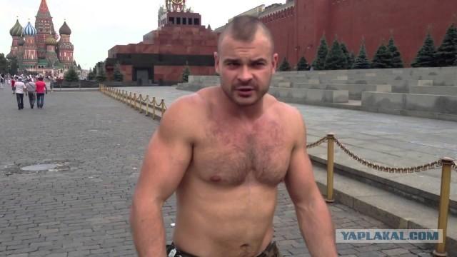 В Москве полицейские задержали борца с педофилами