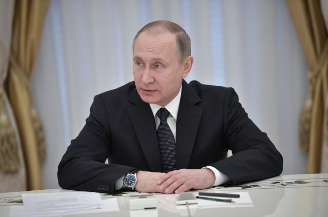 """Путин о том, как Дамаск обвиняют в применении химоружия: """"скучно, девочки"""""""