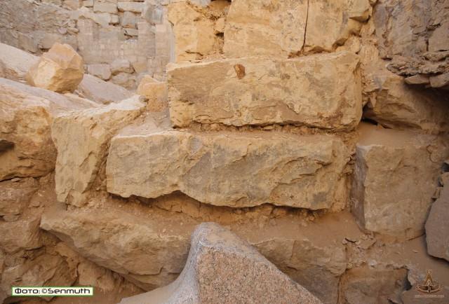 Маленький нюанс египетских пирамид и храмов