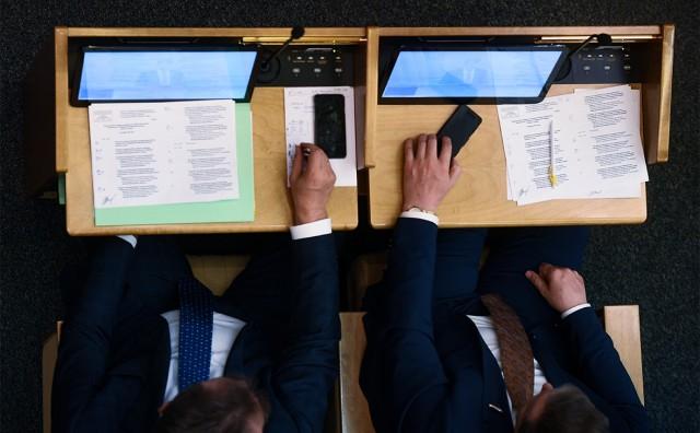 Подрядчик раскрыл детали цены планшетов для Минобороны за 350 тыс. руб.