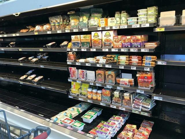 Даже во время катастрофы никто не хочет вегетарианской еды.