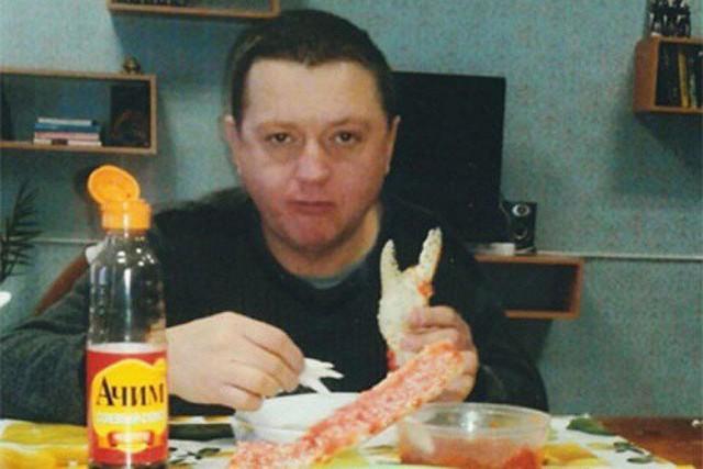 ФСИН подтвердила подлинность тюремных фотографий Цеповяза с крабом, икрой и шашлыками