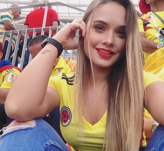 ФИФА призывает меньше показывать привлекательных болельщиц на трибунах