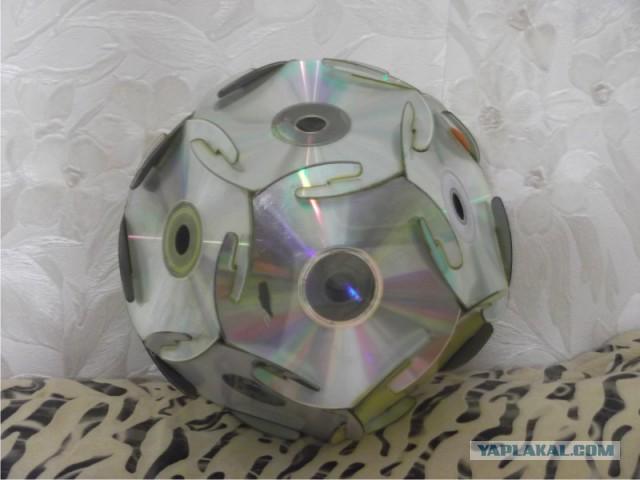 Елочная игрушка из дисков своими руками сделать