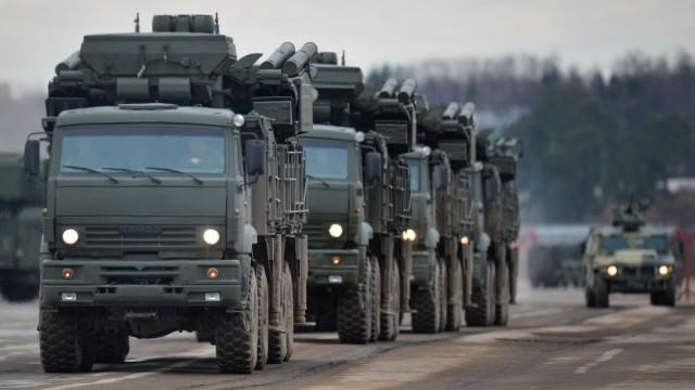 Путин поручил провести внезапную проверку в ВС РФ