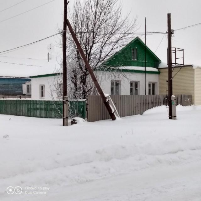 Продаётся дом в пригороде Оренбурга.