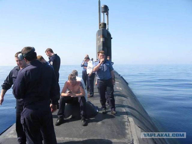 Британские подводники попались на кокаине