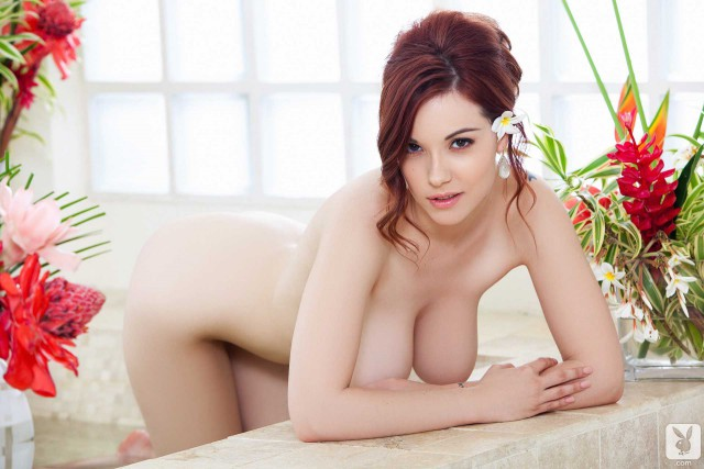 Elizabeth Marxs Cybergirl Of The Year 1