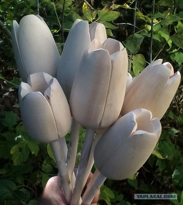 цветы деревянные. тюльпаны