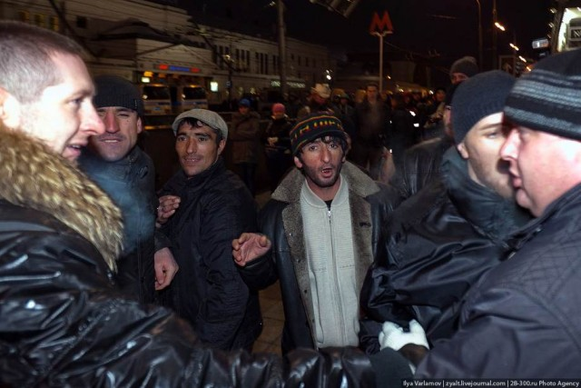Беспорядки в Москве - продолжение возле Киевского