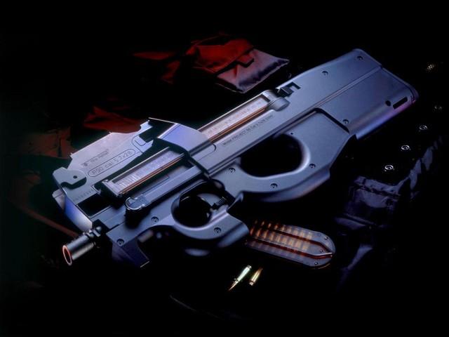 Пистолет-пулемет FN P90 «Петушок» или «Швея»