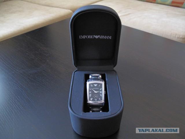 Продам мужские наручные часы Armani AR0245