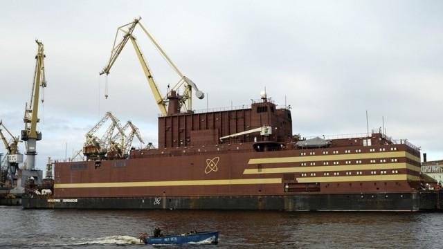 В России испытали первый в мире плавучий атомный энергоблок