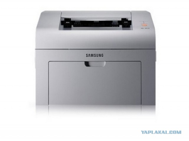 Лазерный принтер SAMSUNG ml 2015 - 890 руб. В картридже есть тонер.