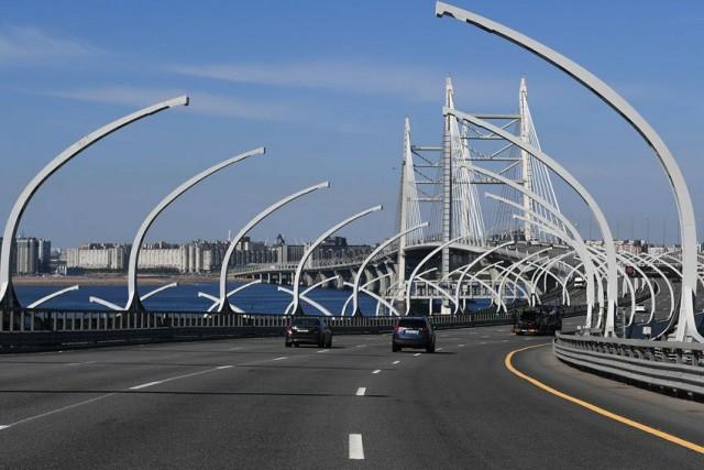 Минтранс предложил готовиться к бесплатному транспорту и платным дорогам