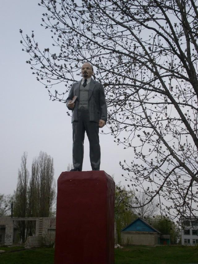 И Ленин такой молодой...(с)