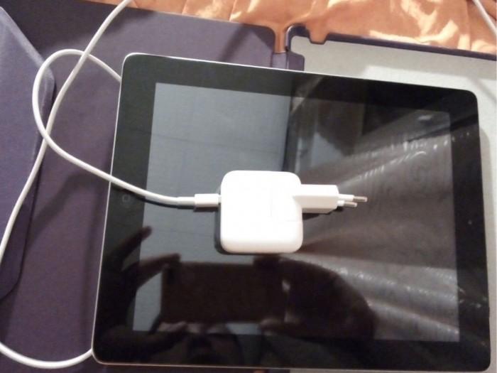 Продам iPad 4 32 wi-fi