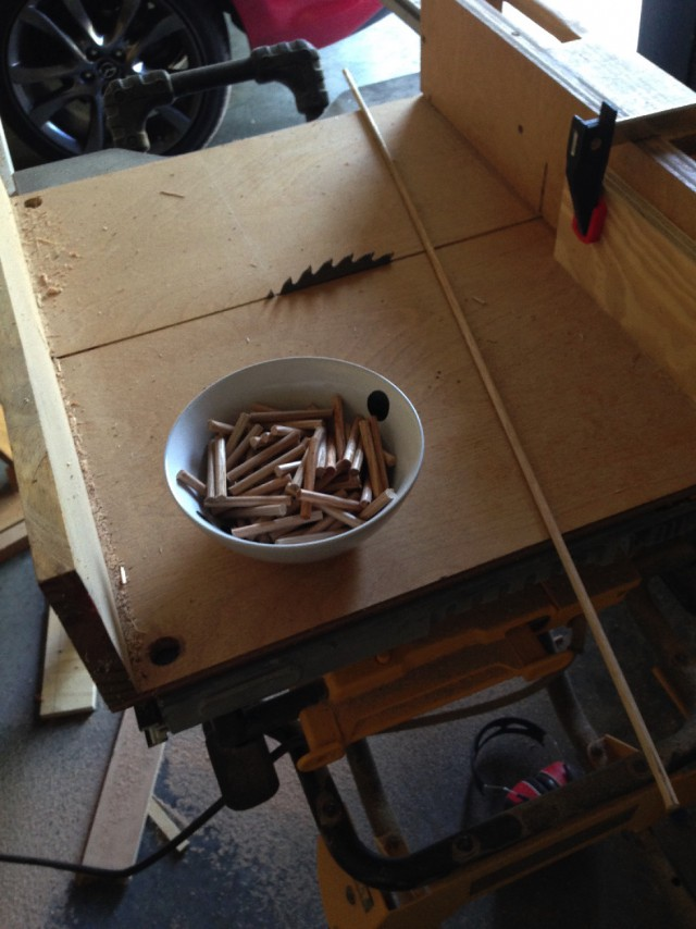 Столярный проект выходного дня – органайзер для катушек.
