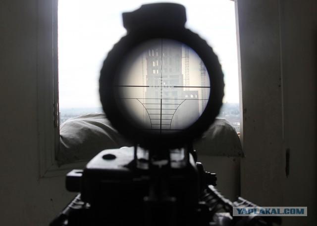 СМИ: неизвестный снайпер начал охоту на главарей ИГ в ливийском Сирте