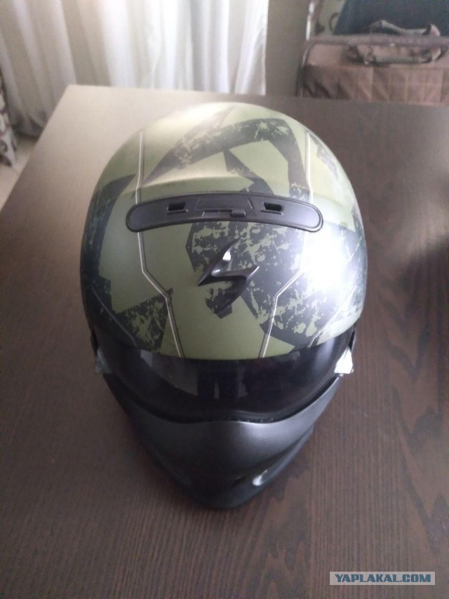 Продам новый мотошлем Scorpion combat EVO (размер M)