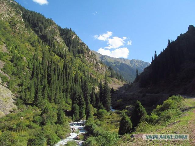Путешествие по Киргизии: 550 км пути и 4 перевала.