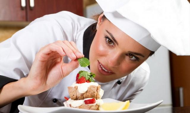 Волгоградке отказали в работе повара, потому что в 33 года посчитали старой