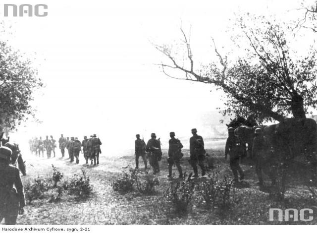 """Гибель Польши в сентябре 1939 года и """"удар в спину""""."""