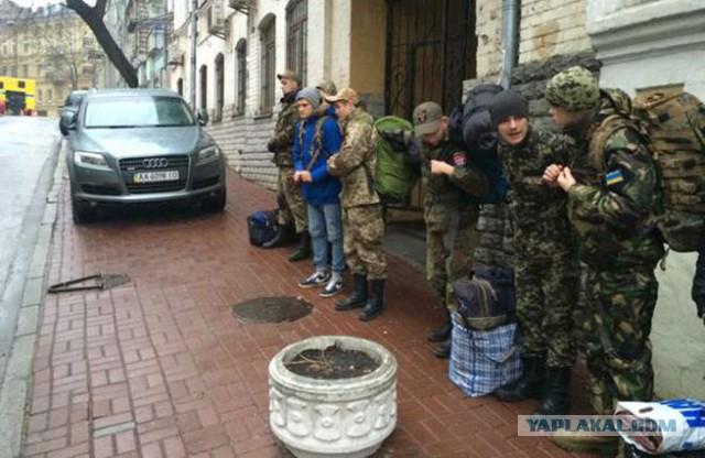 Киев готовится бросить в зону конфликта батальоны