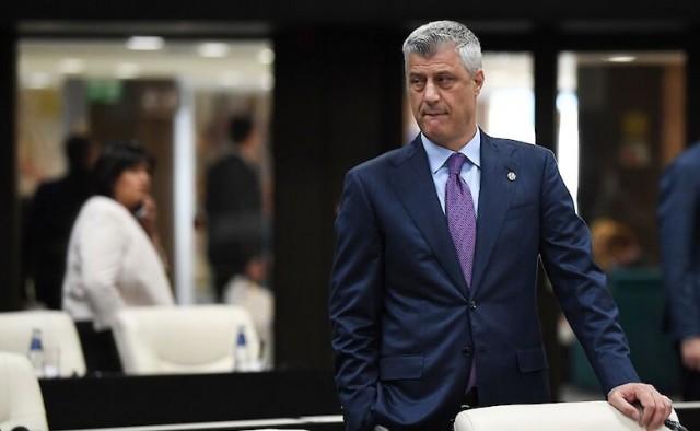 В Косово действующего президента обвинили в военных преступлениях, включая убийства, пытки и преследования