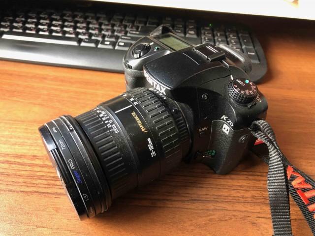 Зеркальный фотоаппарат Pentax K20D- продаю