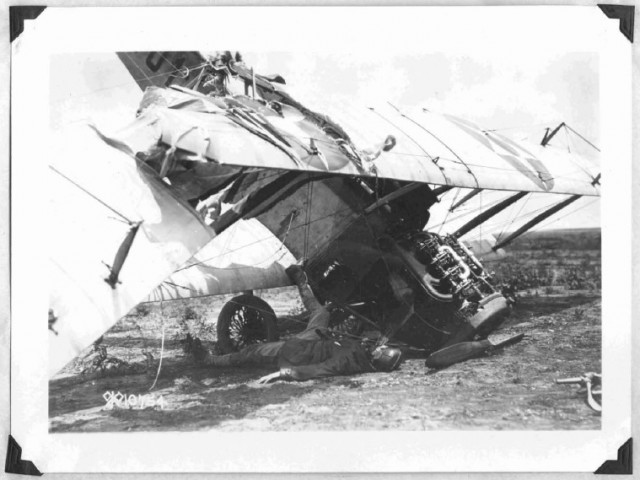 Фото Первой мировой подвергшиеся цензуре (12 фото)