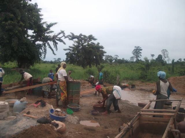 Беспорядки, пауки и вуду: рассказ пожившего в Гвинее