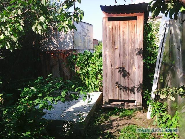 """Туалет """"лето-зима"""" для сада-дачи."""