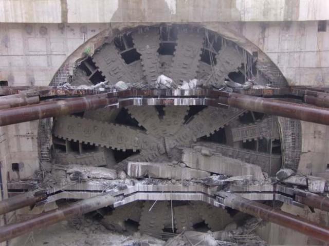 Гигант с ласковым названием: самая большая в мире машина для прокладывания туннелей