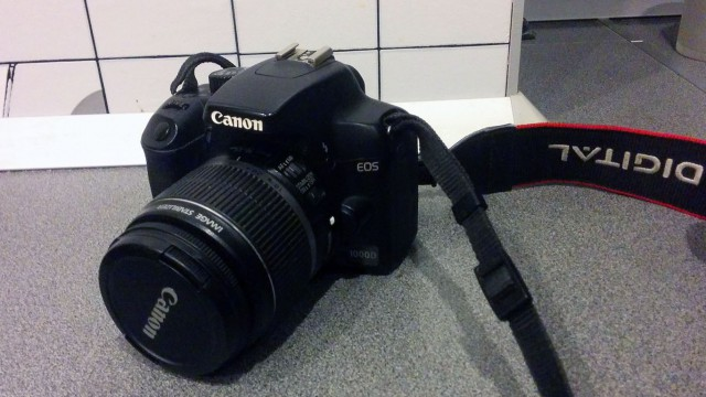 Canon EOS 1000d 18-55is