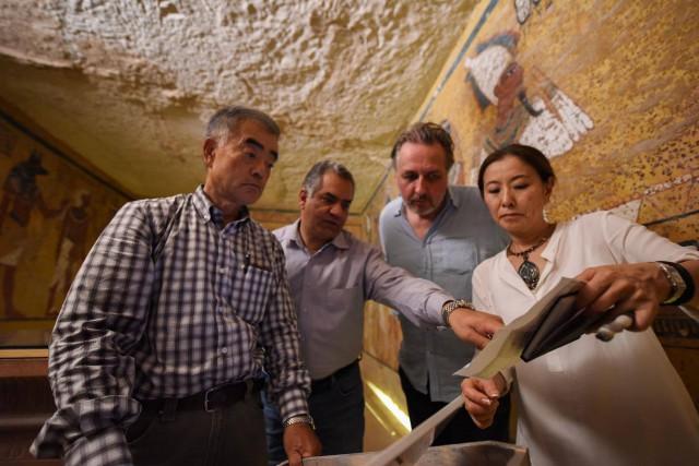 В обнаруженных радаром камерах в гробнице Тутанхамона есть металл и органические материалы