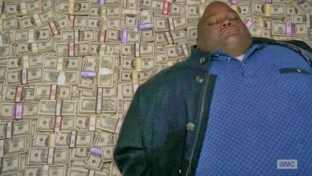 При обыске у полковника МВД изъяли 8 миллиардов рублей в валюте