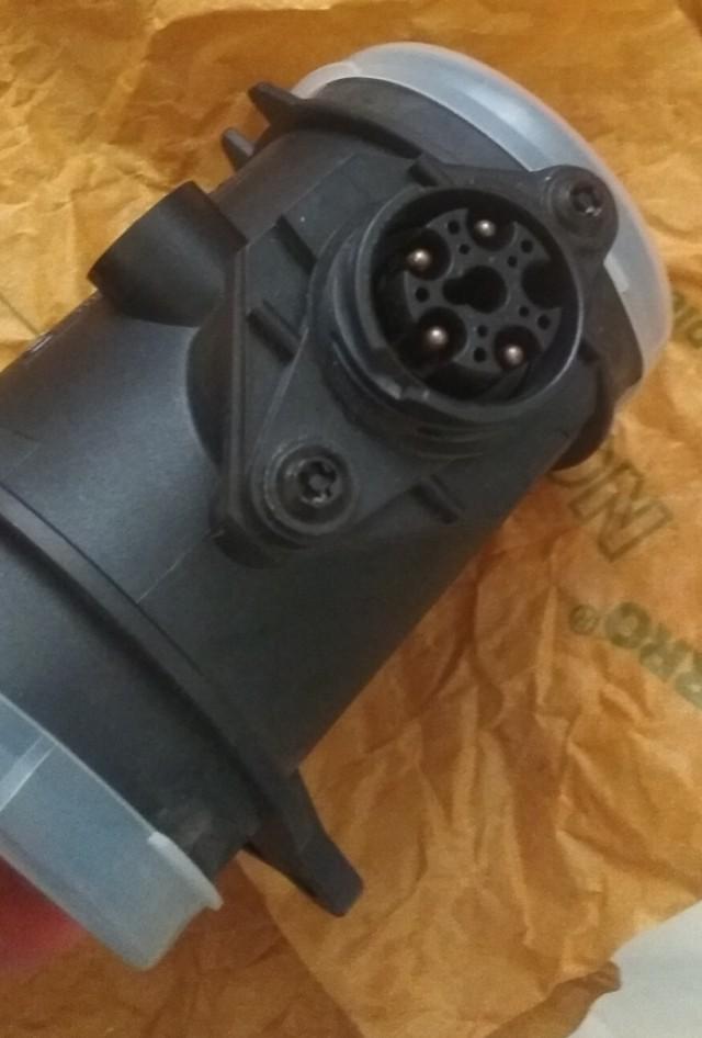 Продам ДМРВ, Bosch 0 280 217 500 для Мерса.