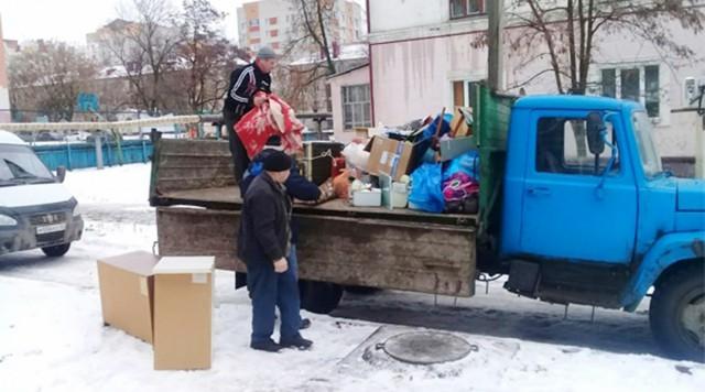 «Её бросили в условия, где она не сможет выжить»: приставы насильно выселили 88-летнего ветерана из дома в Брянске
