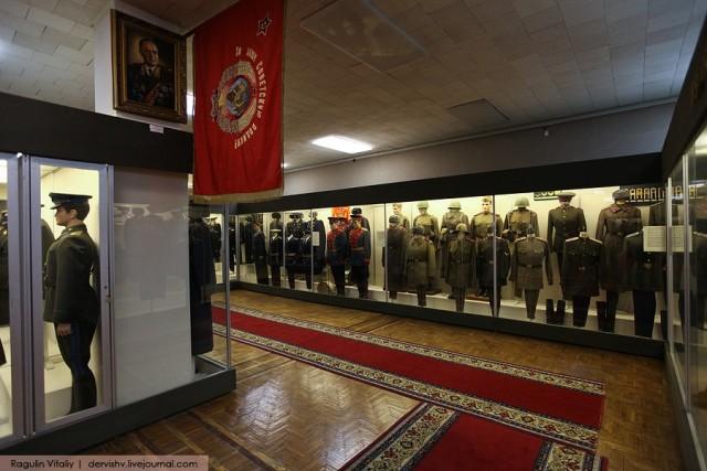 40. Музей военной формы одежды создавался на основе коллекции