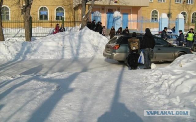 В Петербурге мигрант изнасиловал 14-летнюю школьни