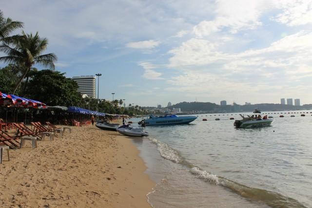 Тайские проститутки, транссексуалы, экскурсии и тайский массаж. Непутёвые заметки.