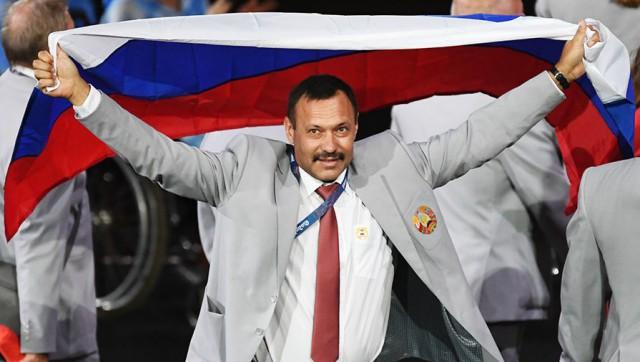 Белорусам запретили болеть за Россию