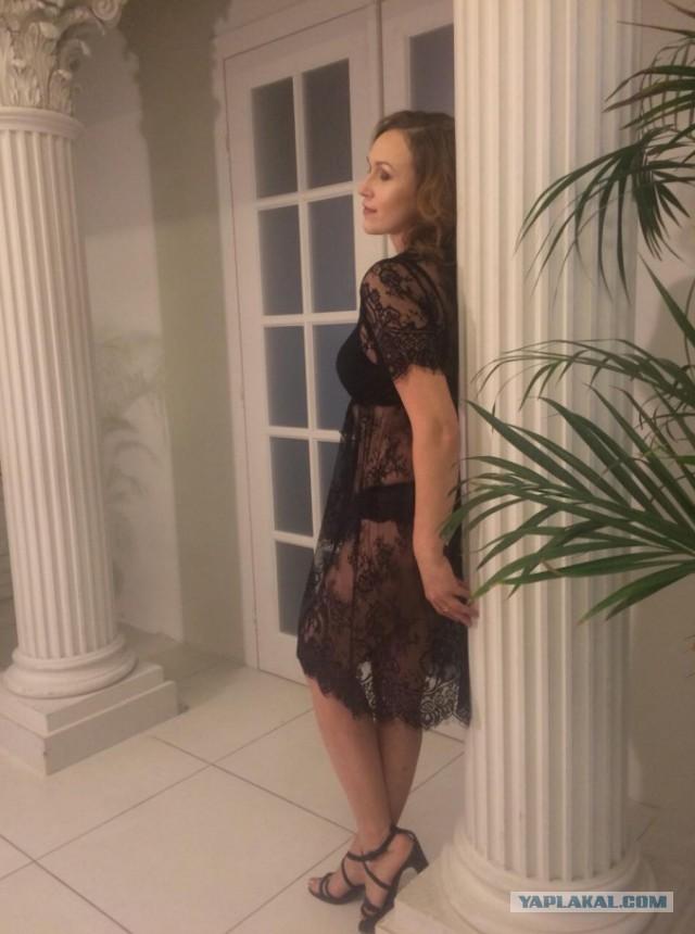 Фото сударынь с сайта алиэкспресс, примеряющих нижнее белье. часть 4