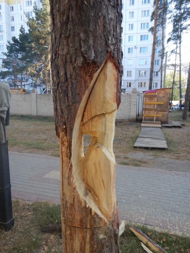 Памятник Соседу с перфоратором