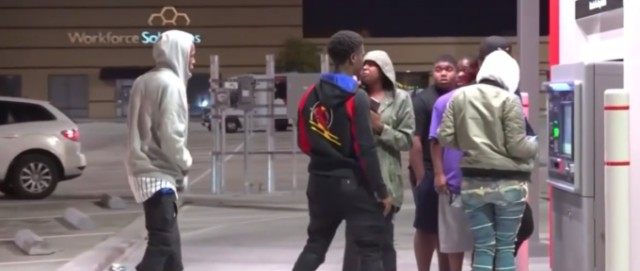 В Хьюстоне банкомат раздавал купюры в 100 долларов вместо 20